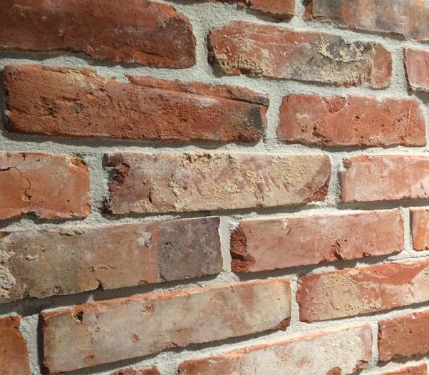 Maak zelf een bakstenen muur van baksteenstrips!